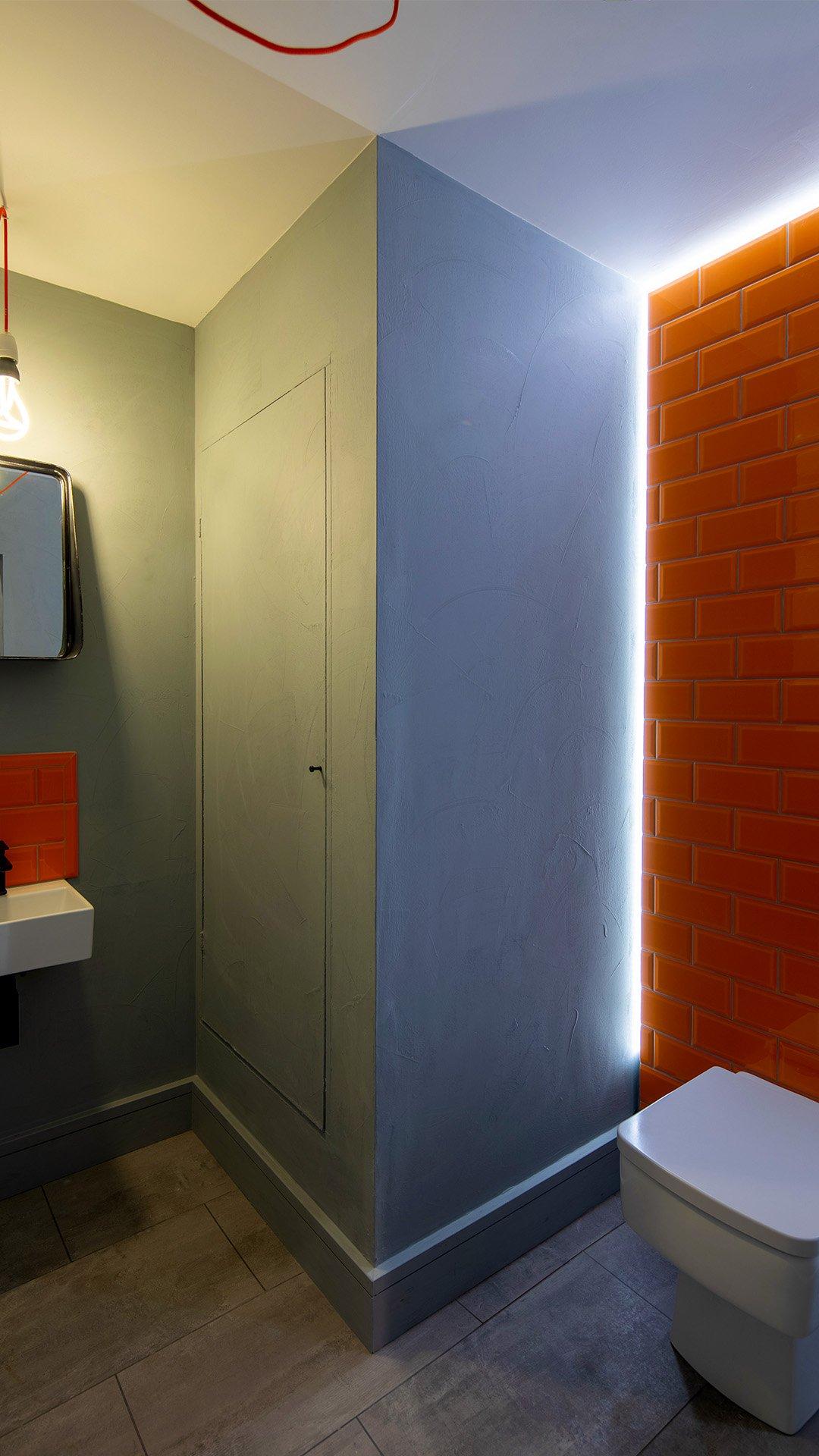 50 Fairfax Street toilet a