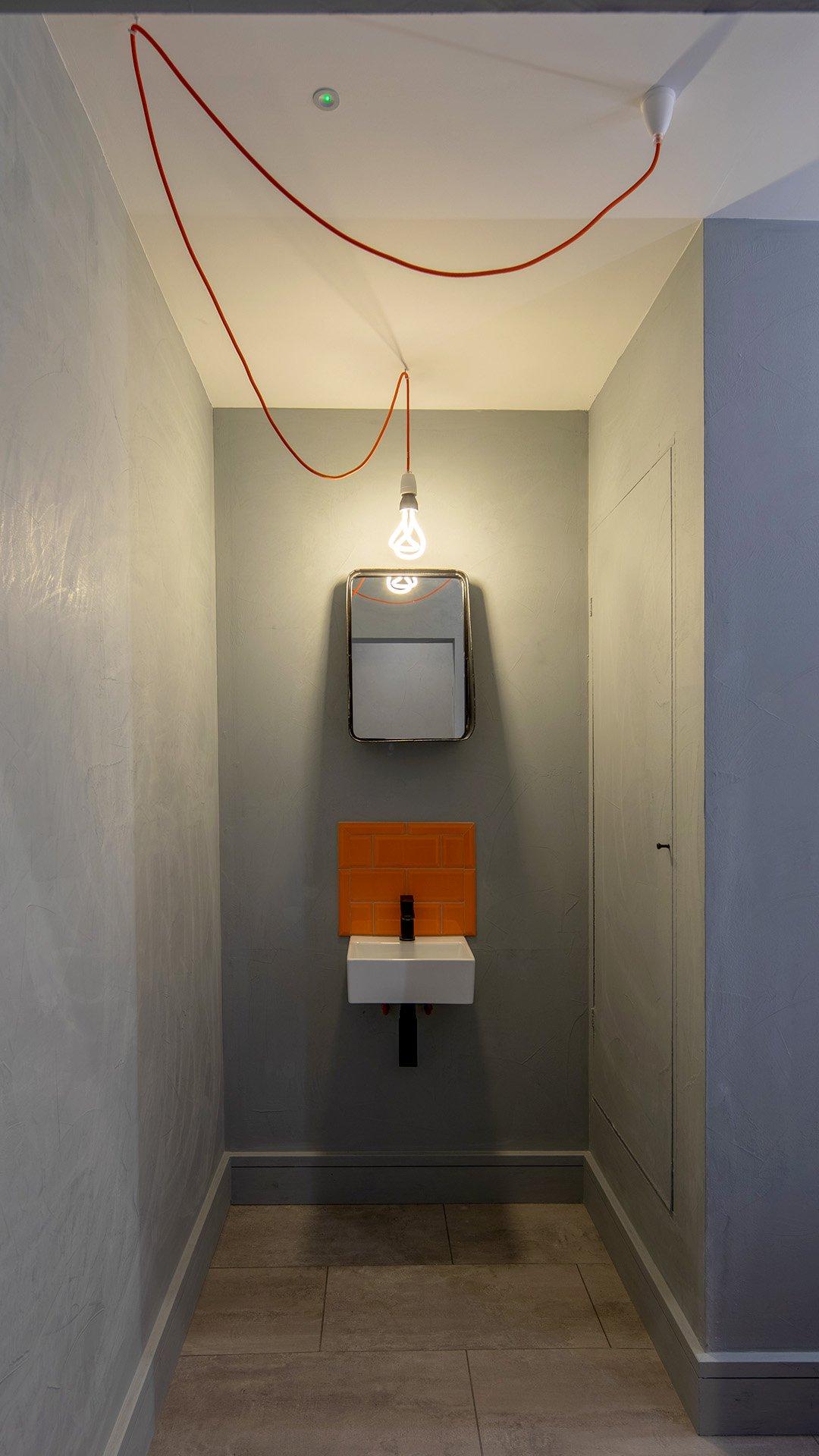 50 Fairfax Street toilet b