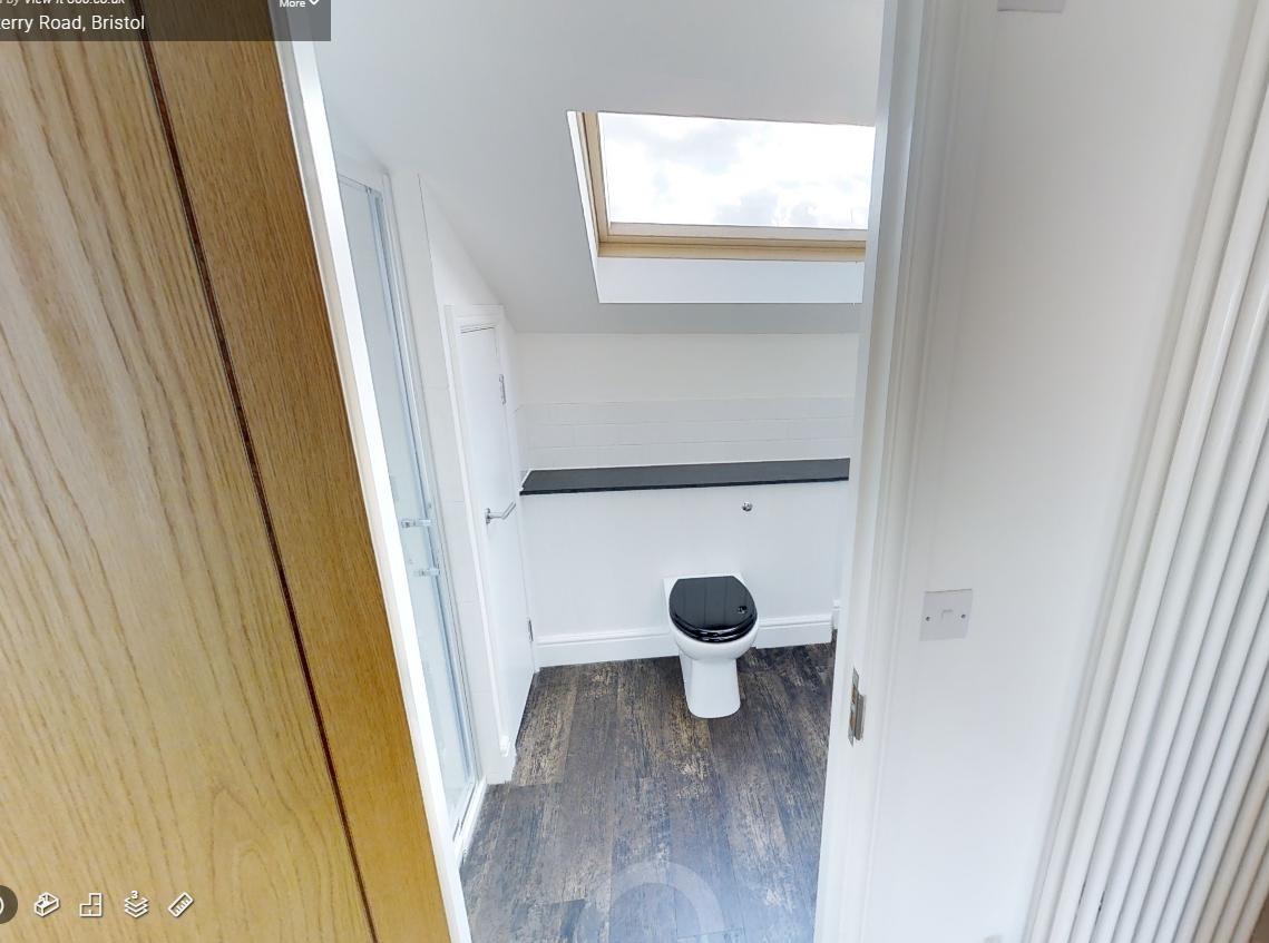 Dunkerry Road Top Floor Toilet After