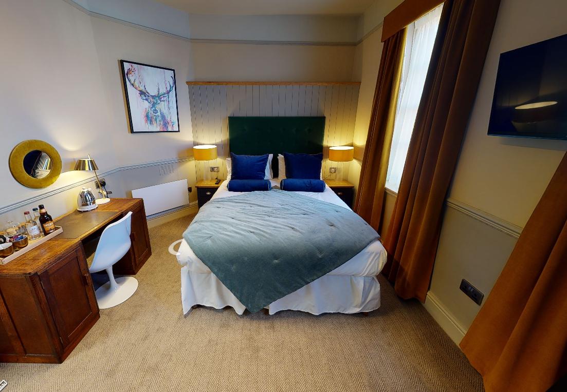 1 bedroom 4 bed complete